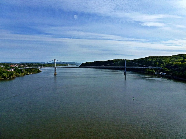 Returning to Poughkeepsie on Pedestrian Bridge_pe